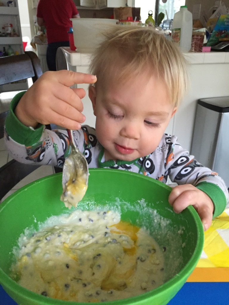 toddler-mixing-muffins